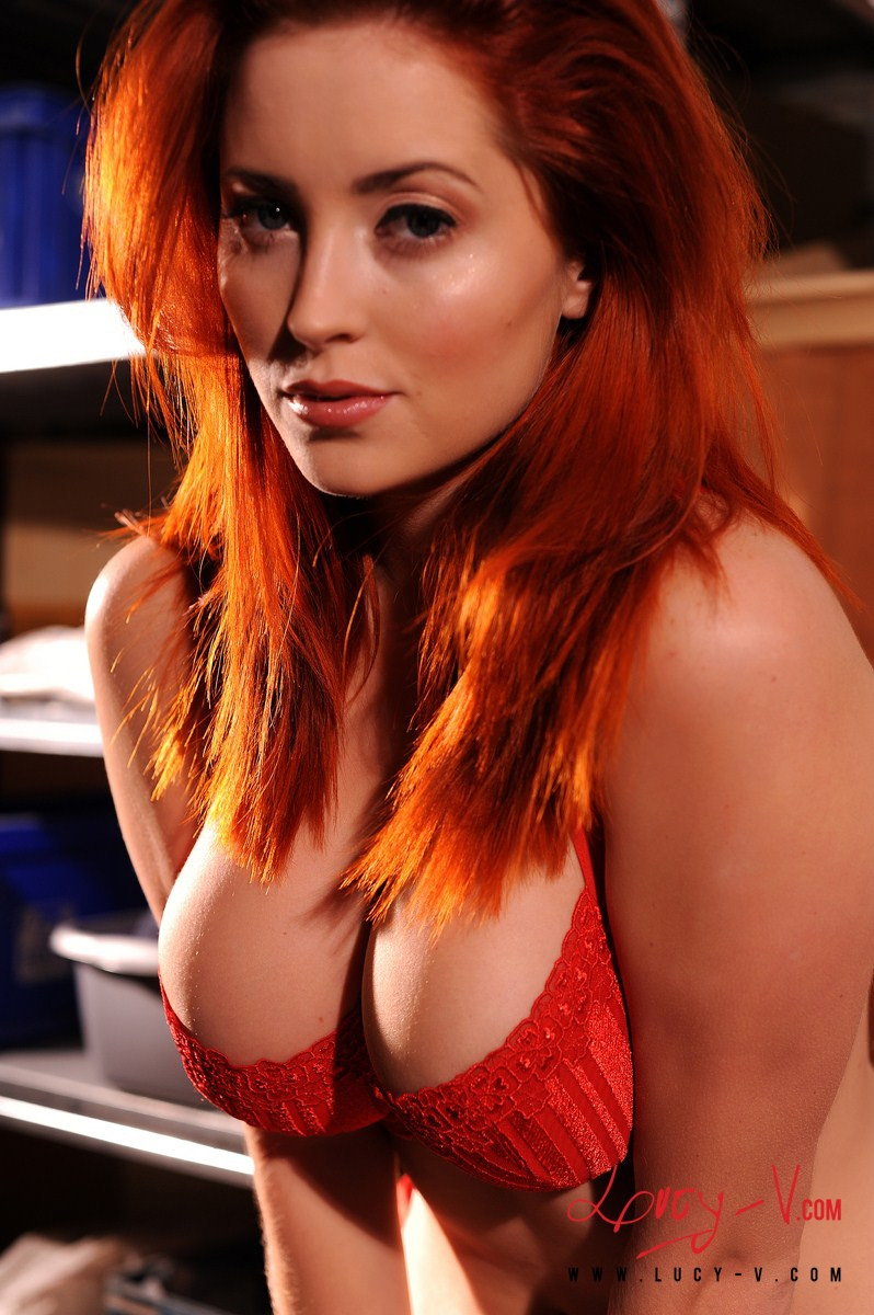Redhead and busty thats hot