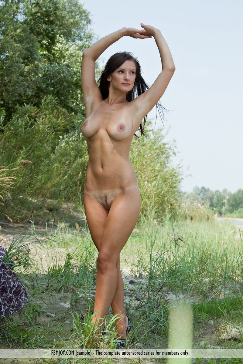 Apologise, Nature nude girls outdoors your