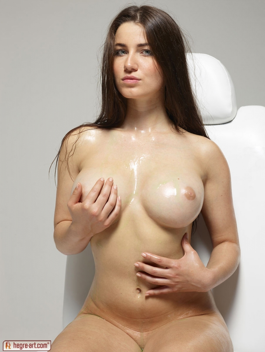 girls with oily boobs
