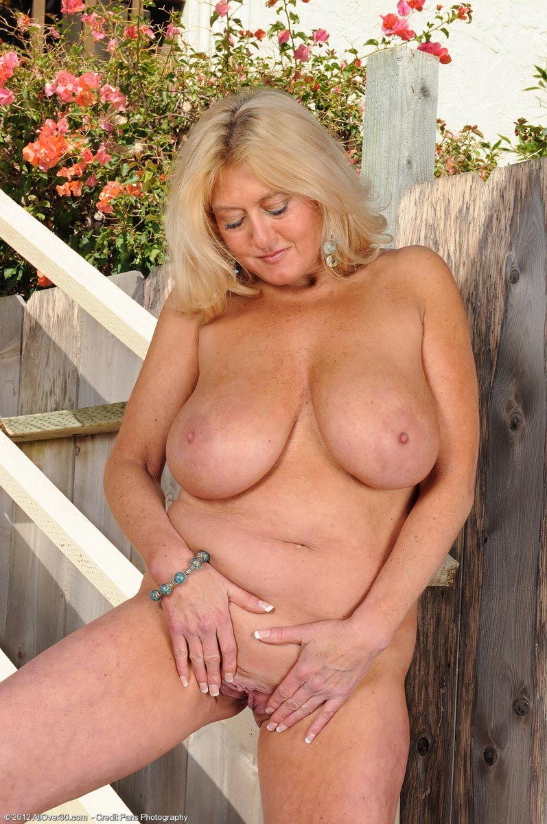 Busty milf tumblr with