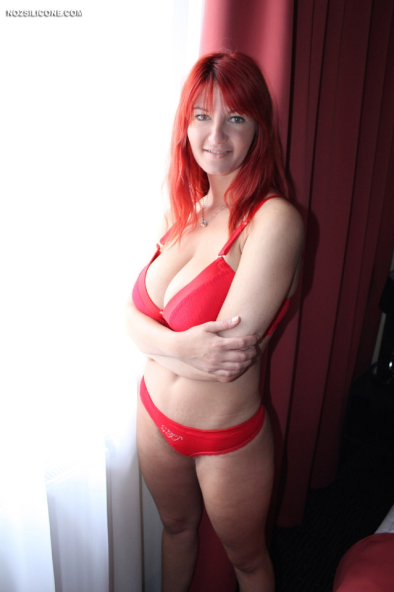 Busty redhead lit the roof 5