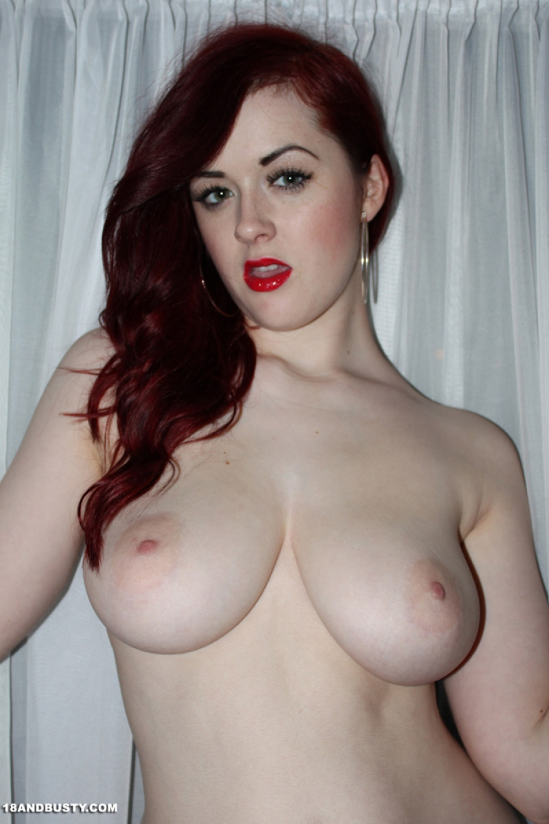 Busty Redhead Teen Rosie Jaye Takes Off Her Dress