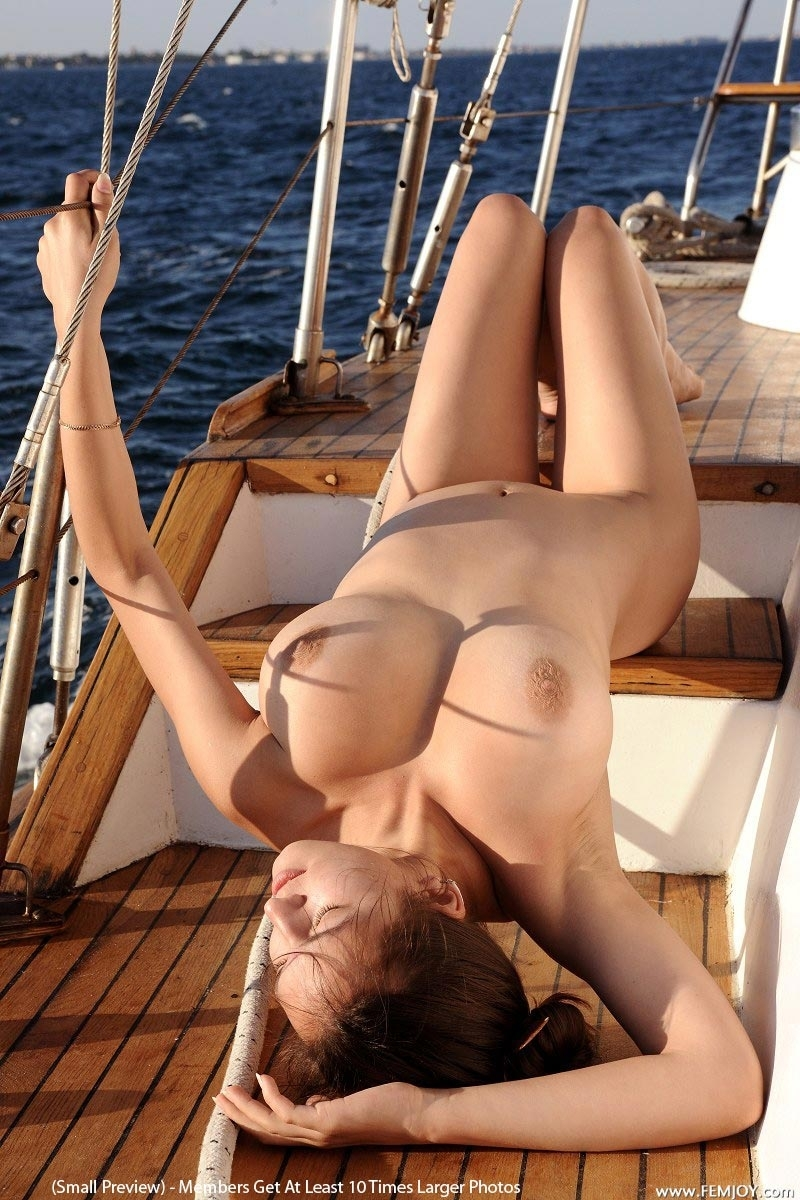 Have Teen girls naked on a boat rather valuable
