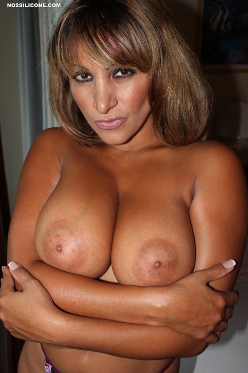 Tan brunette milf they