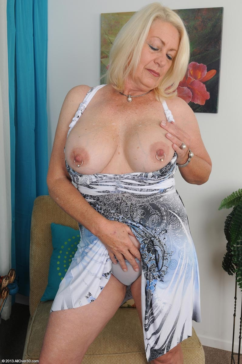 boobs nude older angelique meaty