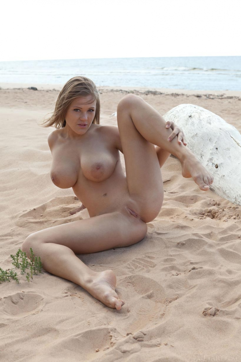 Authoritative busty nude beach girls naked join