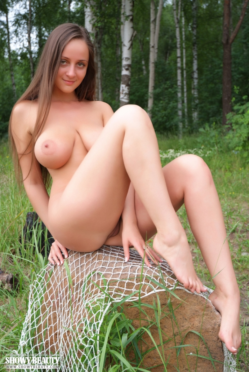 nude girls in woods