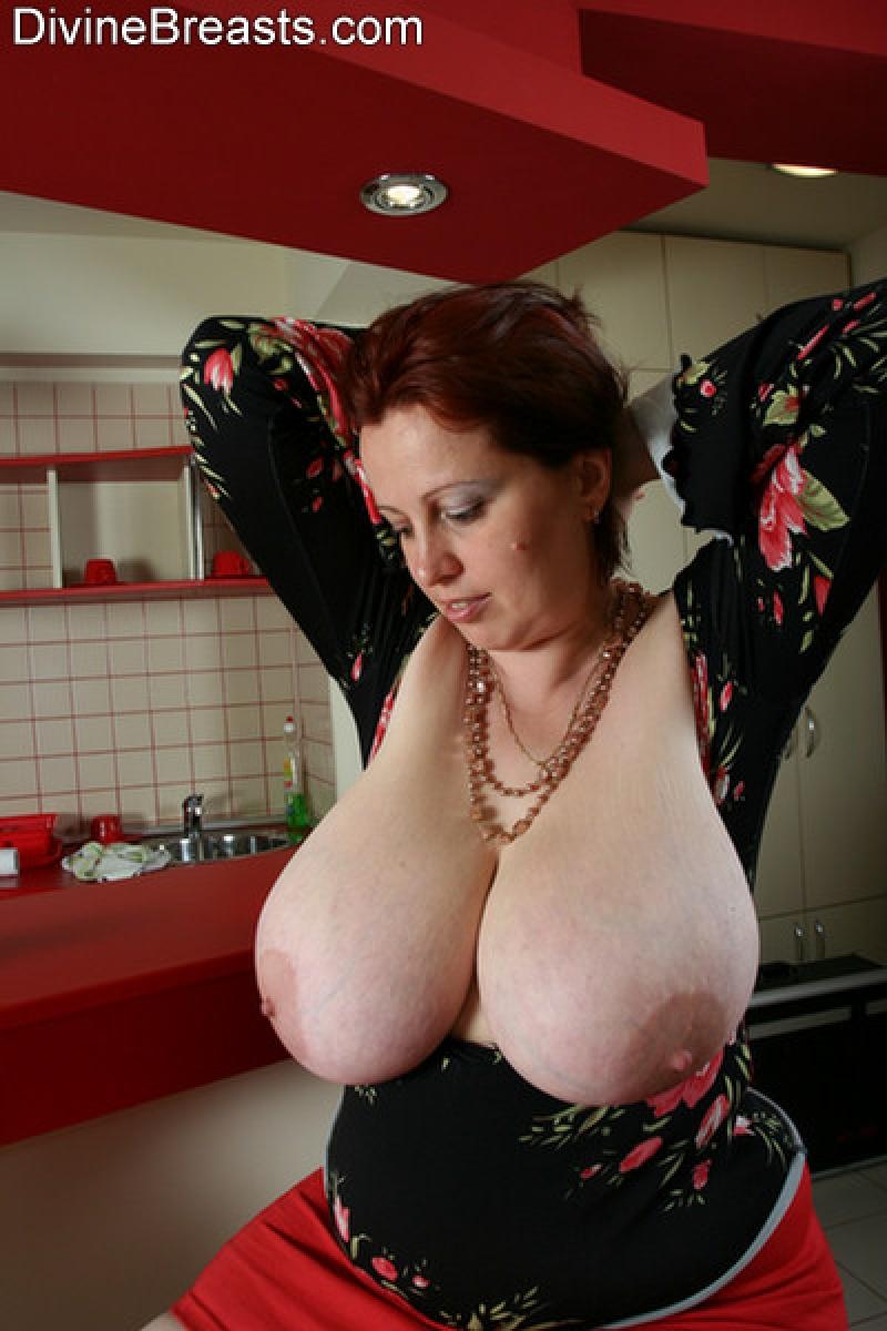8 big Sarah Jane Hamilton   Free