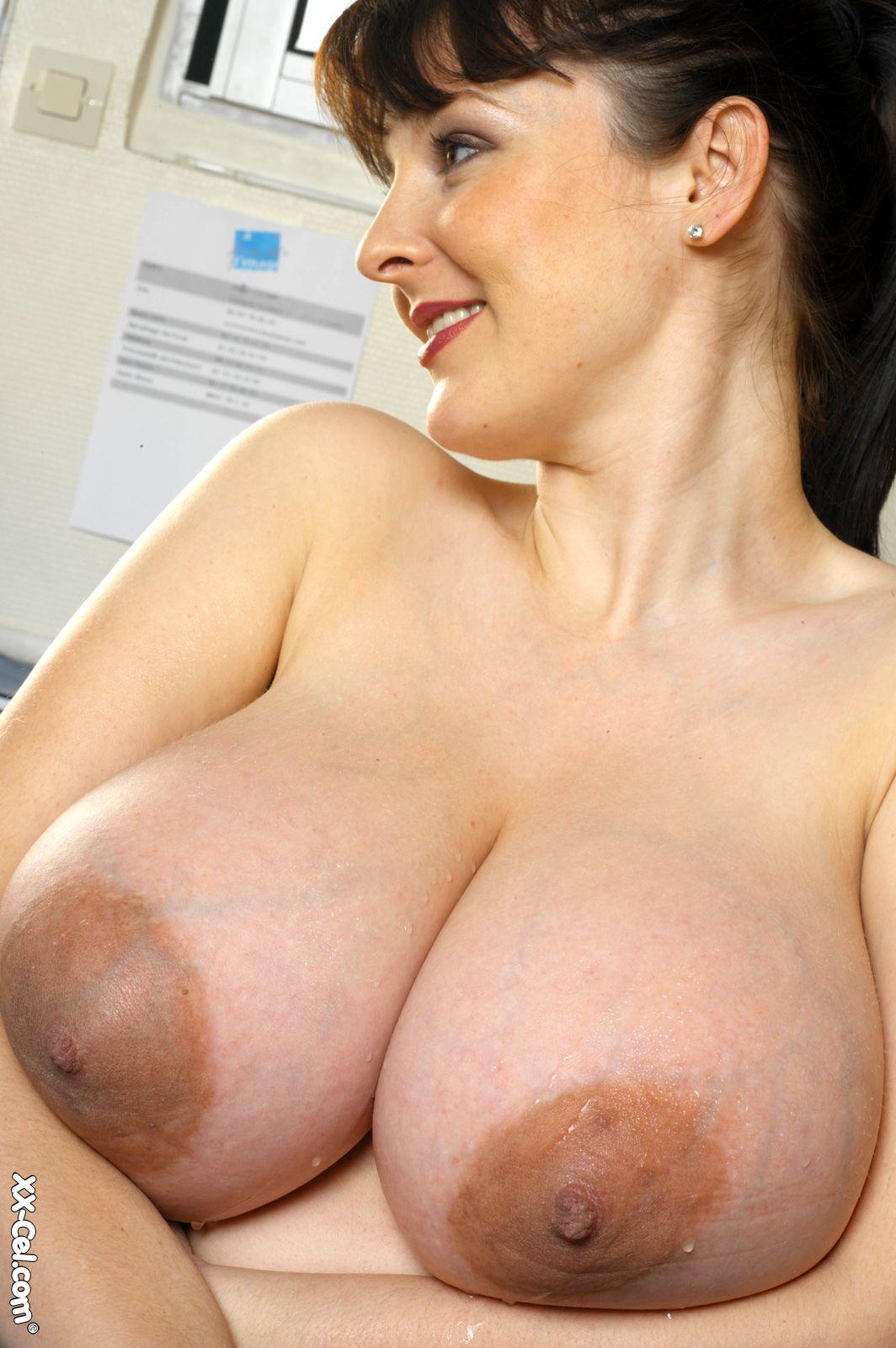 sexy older nude mature women