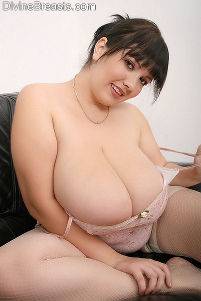Asian clean shaven wet pussy