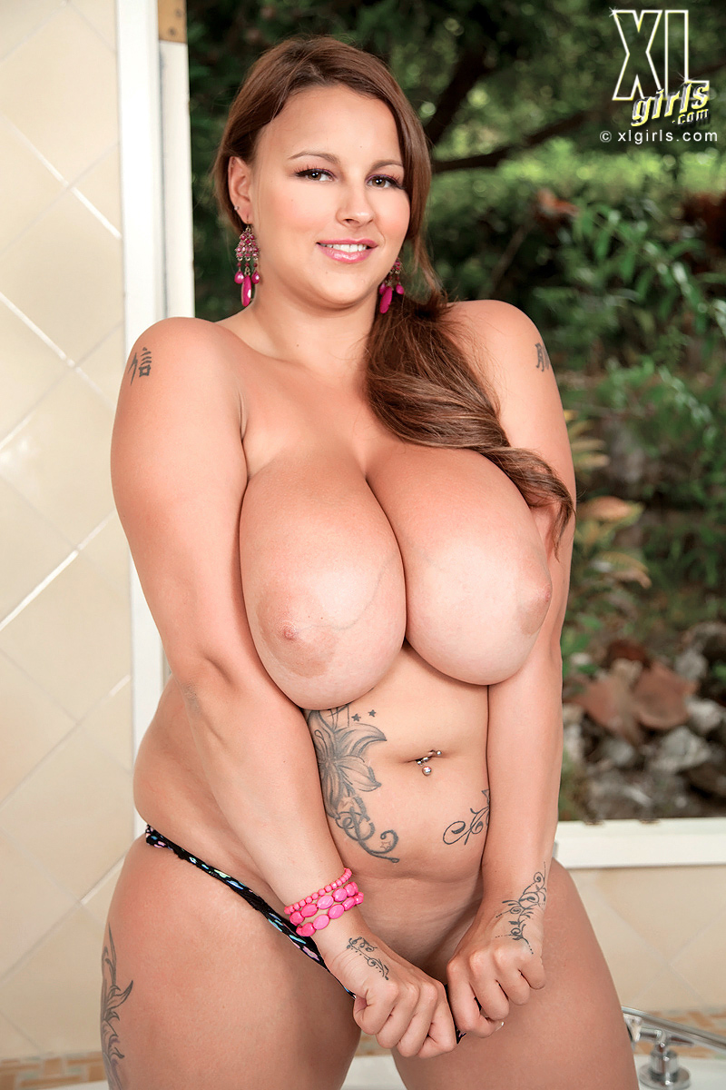 Terry jane oiled tits - 2 5
