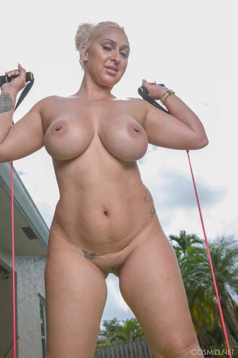 hot nude indonasian girls