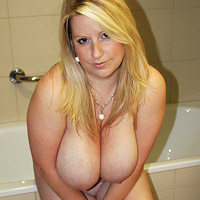 curvy-natural-blonde-wife-in-the-bathroom