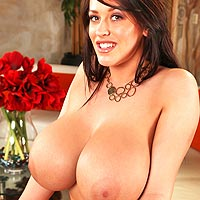 horny-leanne-reveals-her-perfect-boobs