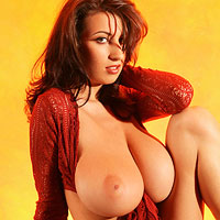 jana-defi-shows-her-seriously-big-boobs