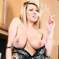 naked-blonde-demi-scott-smokes-a-cigarette-in-the-kitchen