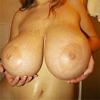 terry-nova-shows-huge-tits-in-the-bathroom