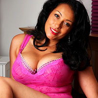 uk-goddess-danica-collins-takes-off-her-pink-lingerie